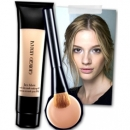 Giorgio Armani face fabric foundation